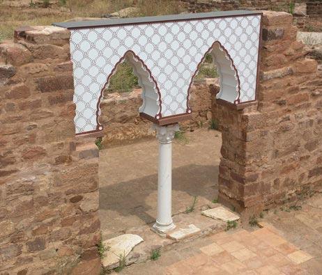 Maquetas: Arco islâmico. Proposta de reconstituição. Castelo de Silves. Silves. (figura 1)
